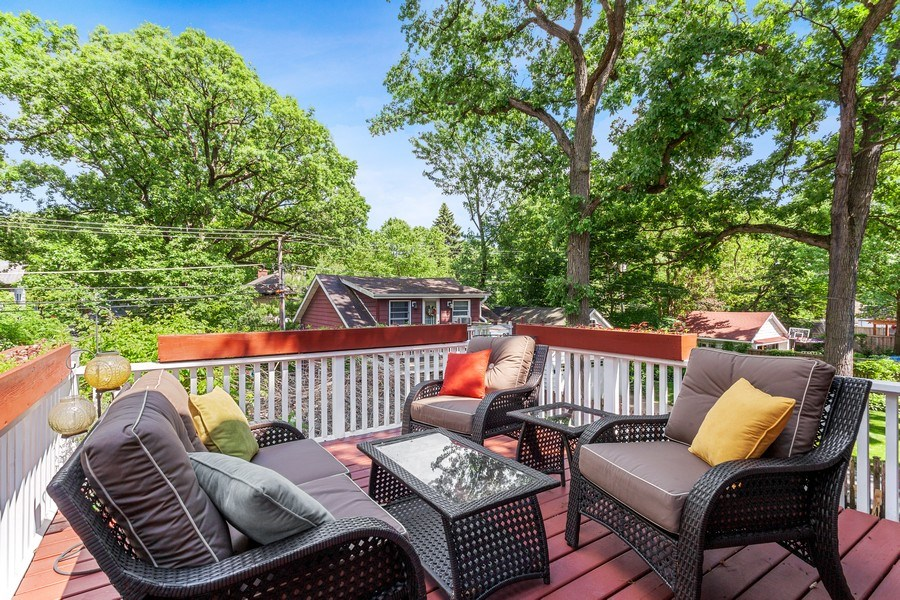 Real Estate Photography - 121 Thatcher, River Forest, IL, 60305 - Deck