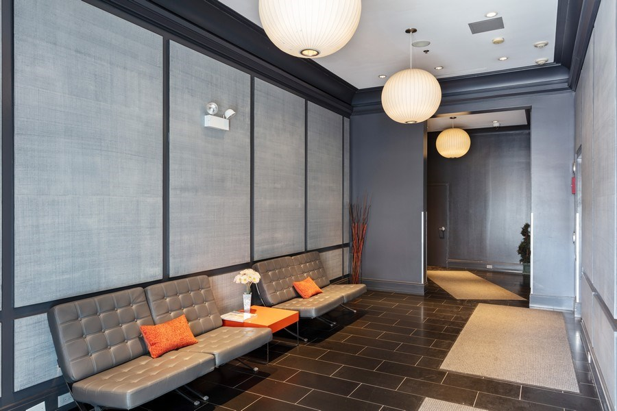 Real Estate Photography - 2332 S Michigan Ave, #206, Chicago, IL, 60618 - Lobby