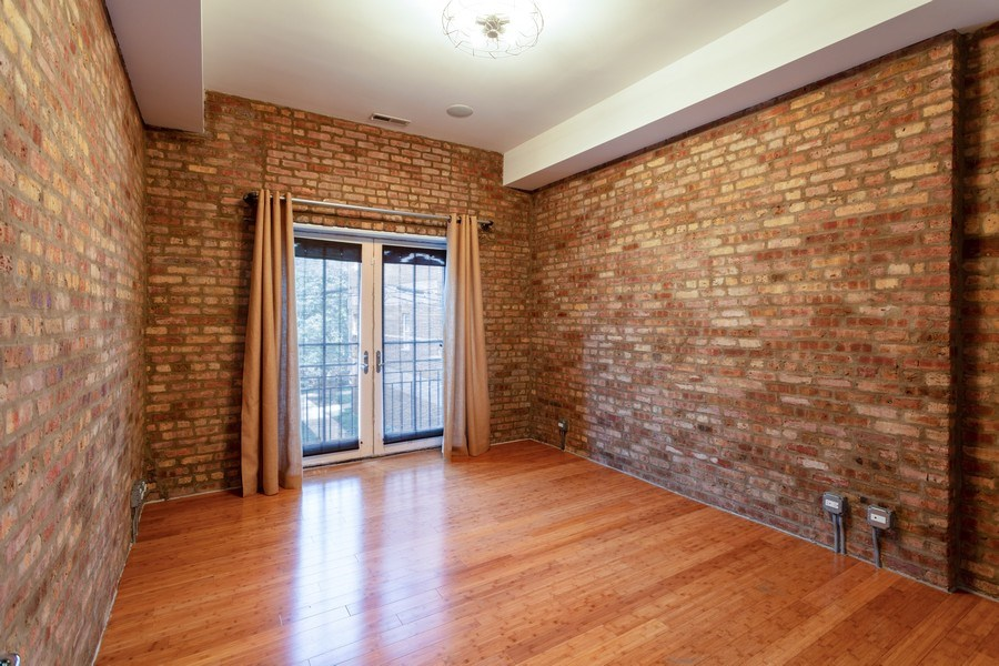 Real Estate Photography - 2332 S Michigan Ave, #206, Chicago, IL, 60618 - Bedroom