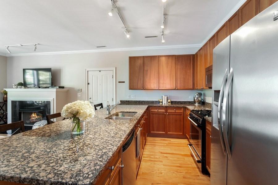 Real Estate Photography - 1801 W. Addison St., 2W, Chicago, IL, 60613 - Kitchen