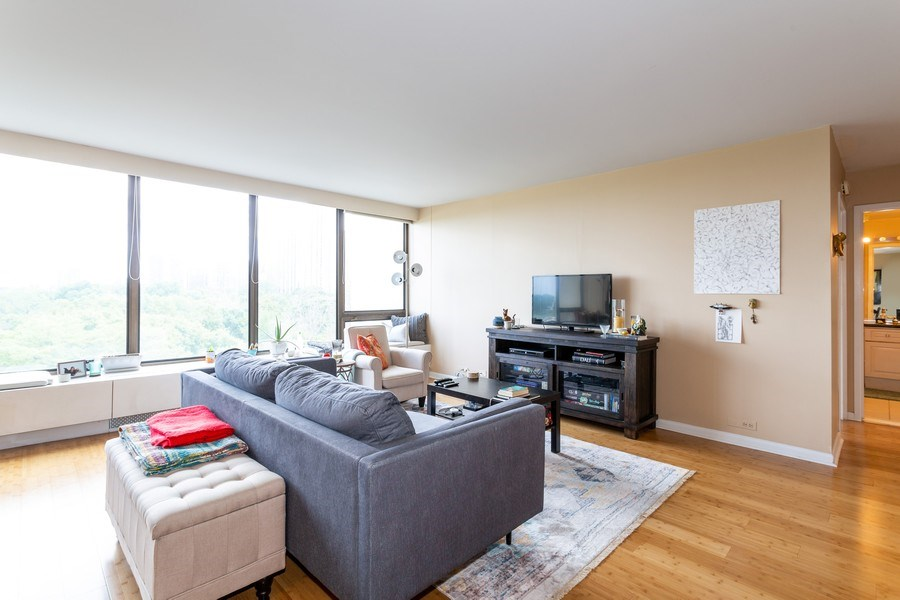 Real Estate Photography - 2800 Lake Shore Drive #706, Chicago, IL, 60657 - Living Room