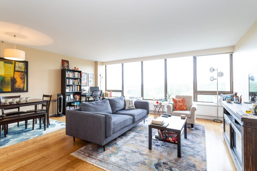 Real Estate Photography - 2800 Lake Shore Drive #706, Chicago, IL, 60657 - Living Room / Dining Room