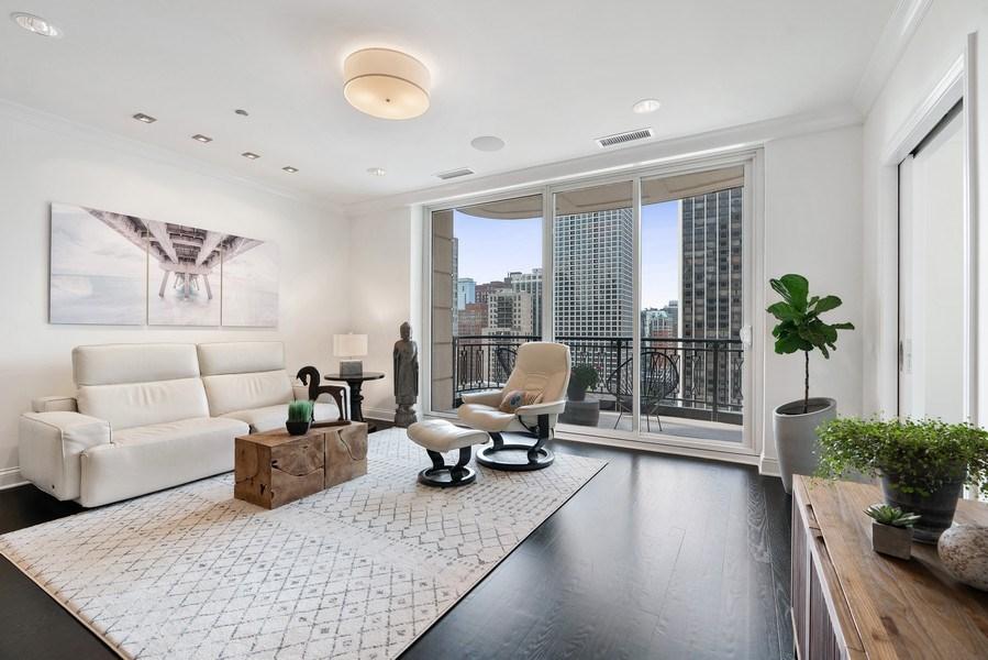 Real Estate Photography - 10 E Deleware Pl, 15A, Chicago, IL, 60611 - Living Room