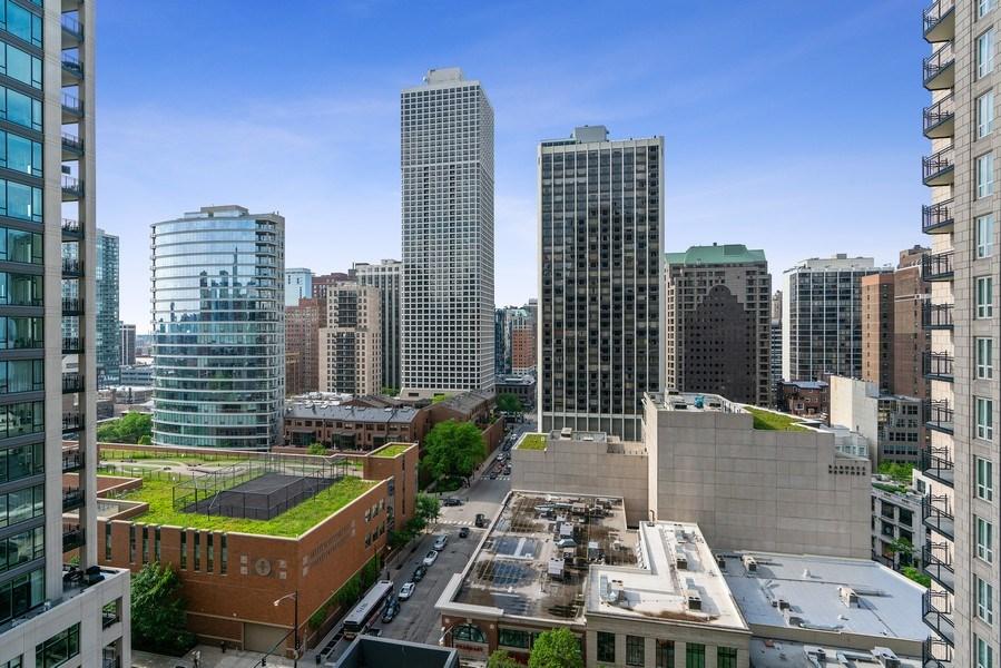 Real Estate Photography - 10 E Deleware Pl, 15A, Chicago, IL, 60611 - View