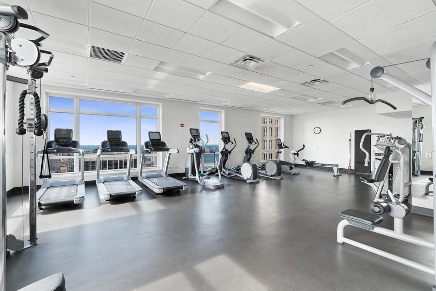 Real Estate Photography - 10 E Deleware Pl, 15A, Chicago, IL, 60611 - Gym