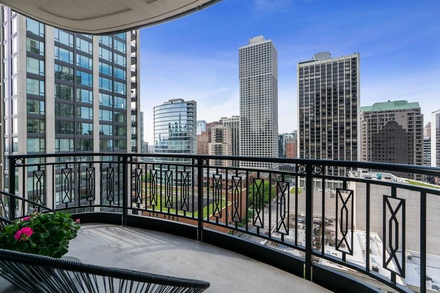 Real Estate Photography - 10 E Deleware Pl, 15A, Chicago, IL, 60611 - Balcony