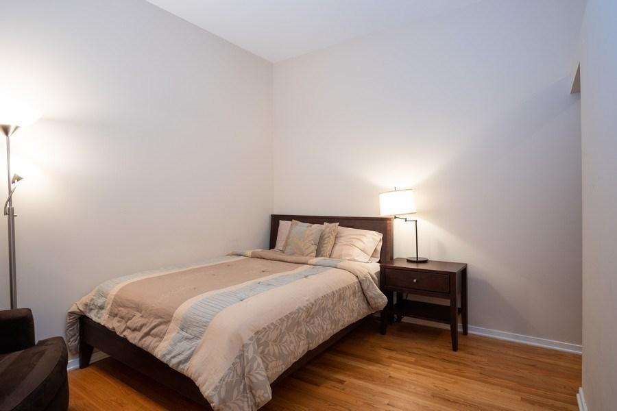 Real Estate Photography - 208 W Washington, Unit 808, Chicago, IL, 60606 - Master Bedroom