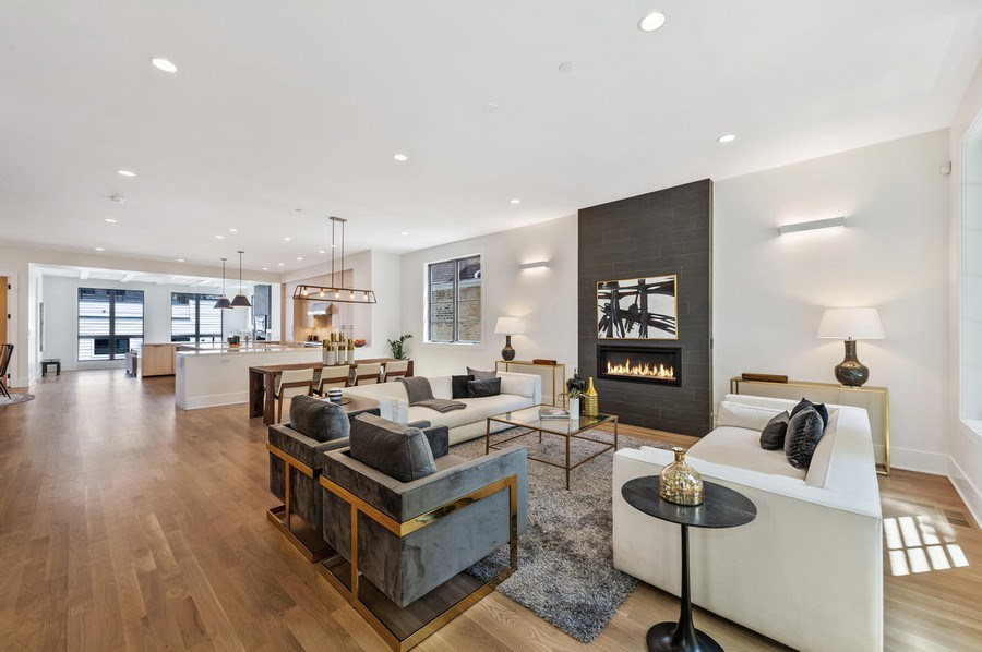 Real Estate Photography - 3647 Leavitt, Chicago, IL, 60618 - Living / Dining
