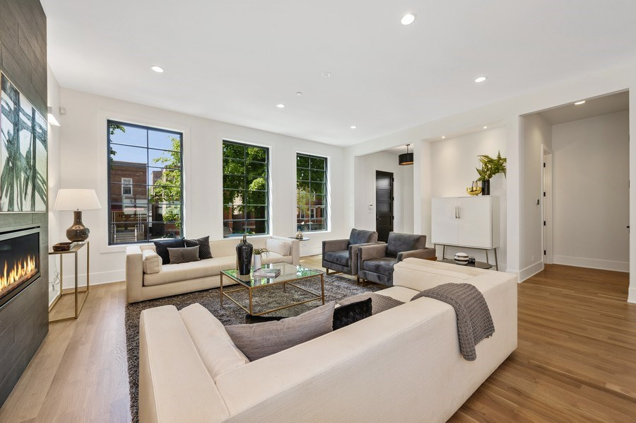 Real Estate Photography - 3647 Leavitt, Chicago, IL, 60618 - Living Room
