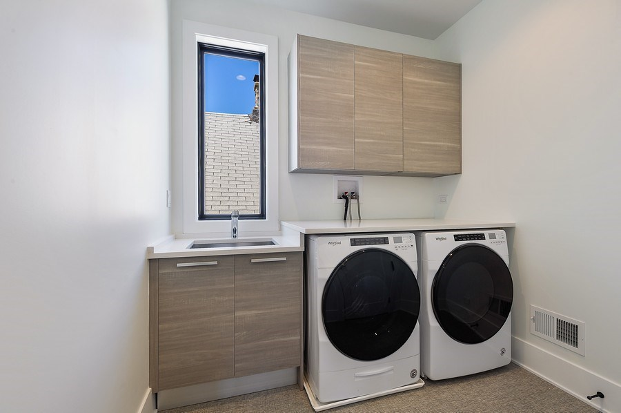 Real Estate Photography - 3647 Leavitt, Chicago, IL, 60618 - Second Floor Laundry Room