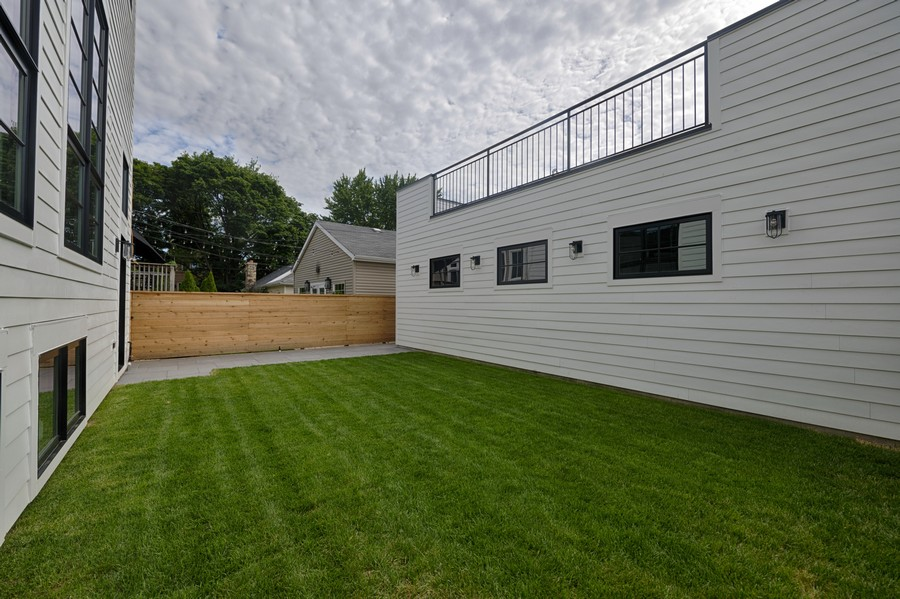 Real Estate Photography - 3647 Leavitt, Chicago, IL, 60618 -