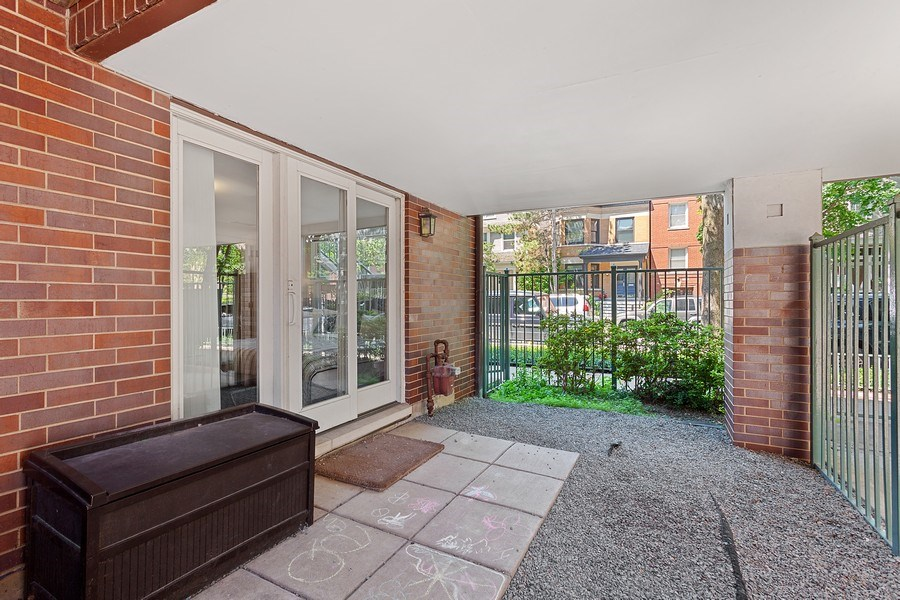 Real Estate Photography - 2515 N Seminary, A, Chicago, IL, 60614 - Large Fenced in Private Patio (at Ground Level)
