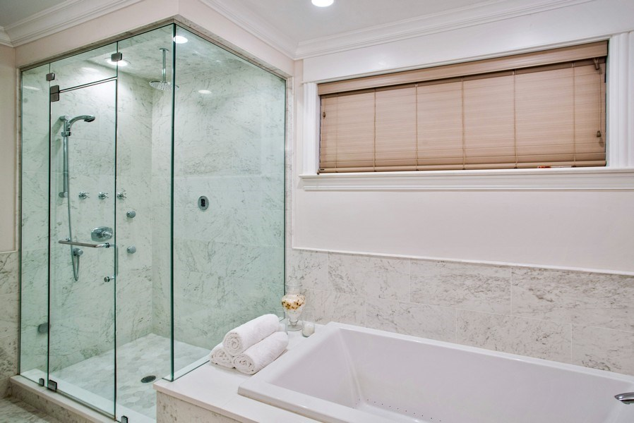 Real Estate Photography - 2250 W Roscoe, 1, Chicago, IL, 60618 - Master Bathroom