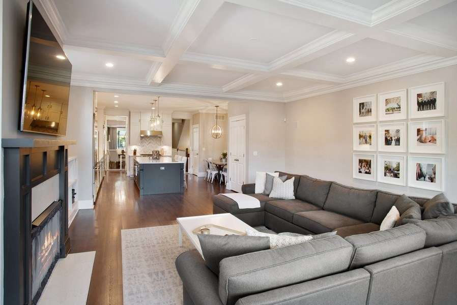 Real Estate Photography - 2250 W Roscoe, 1, Chicago, IL, 60618 - Family Room