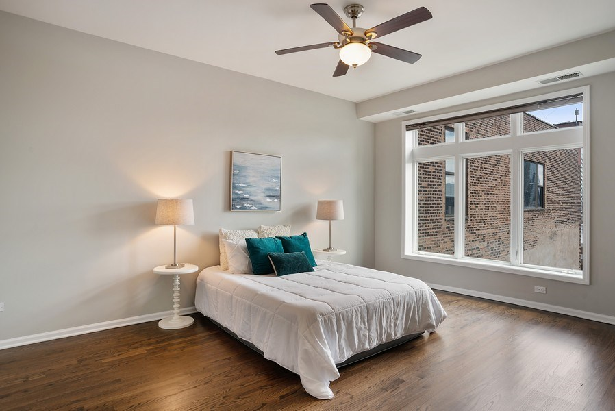 Real Estate Photography - 657 W Fulton St, Chicago, IL, 60661 - 2nd Bedroom