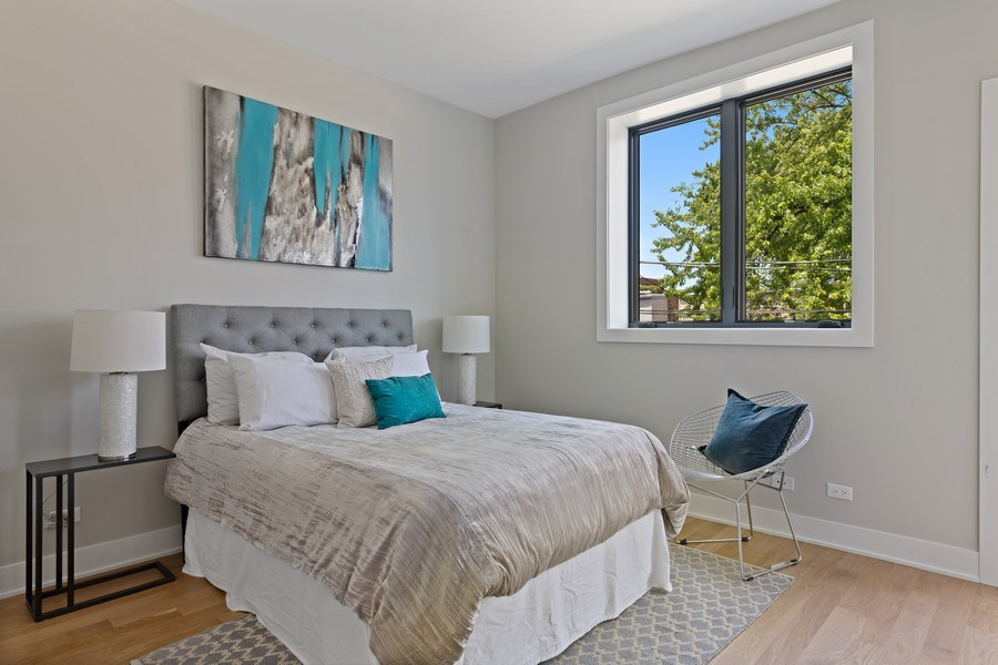 Real Estate Photography - 4432 N Western Ave, 2, Chicago, IL, 60625 - 2nd Bedroom