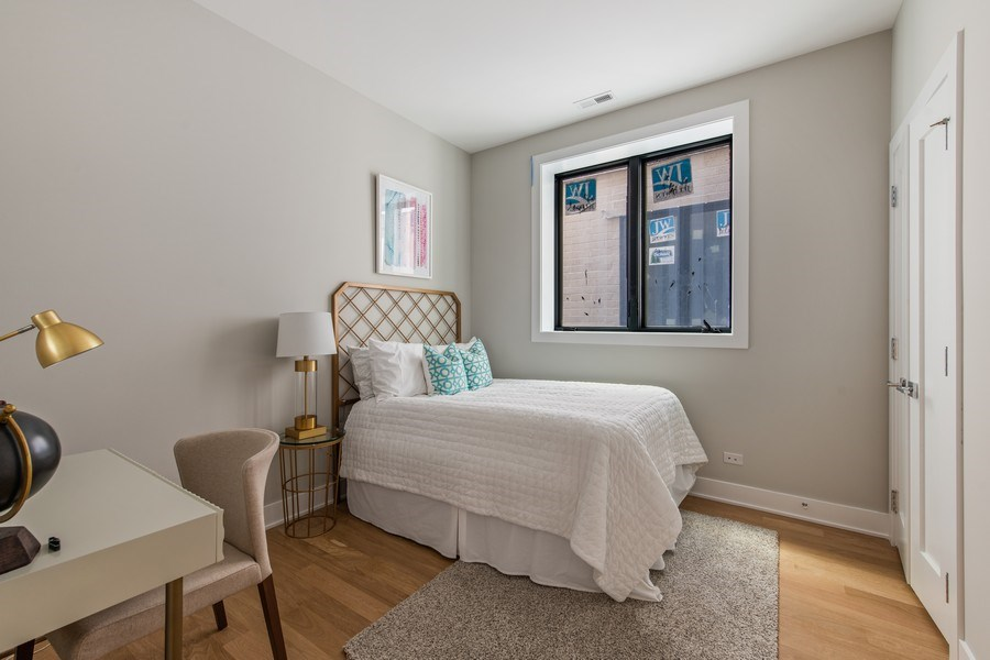Real Estate Photography - 4432 N Western Ave, 2, Chicago, IL, 60625 - 3rd Bedroom
