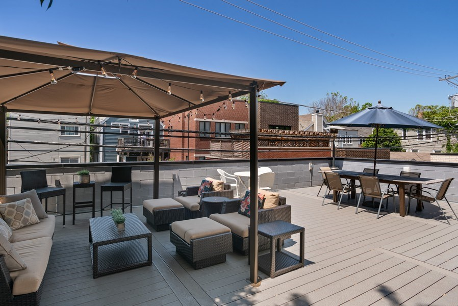 Real Estate Photography - 3816 N Ashland Ave, Unit 2N, Chicago, IL, 60613 - Deck