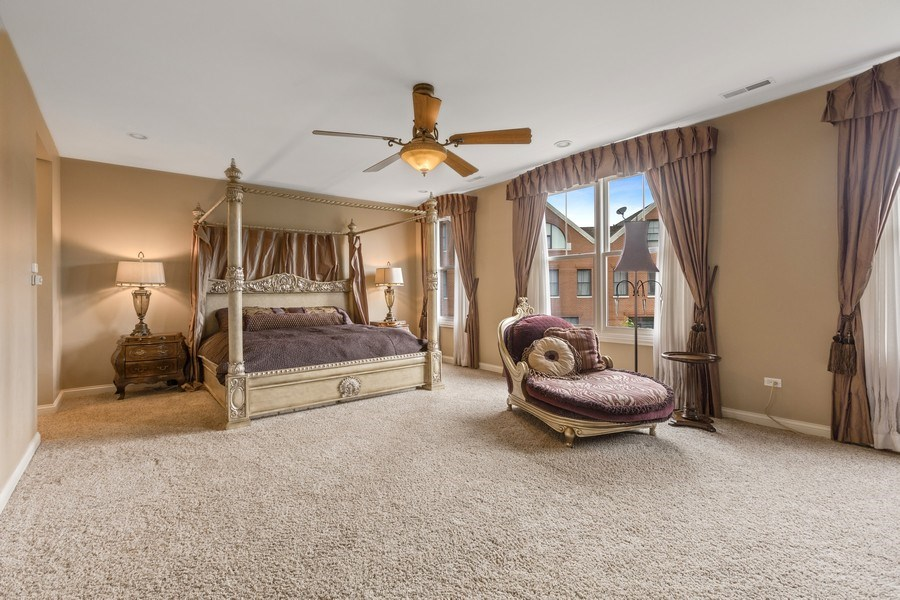 Real Estate Photography - 1890 Admiral Court, Glenview, IL, 60026 - Master Bedroom