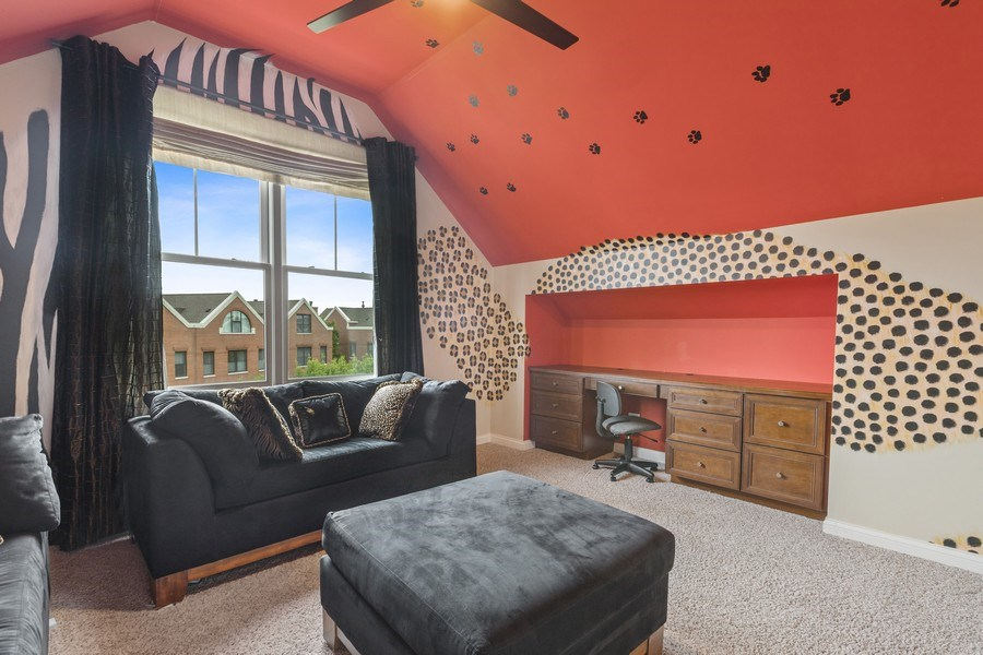 Real Estate Photography - 1890 Admiral Court, Glenview, IL, 60026 - 3rd Bedroom