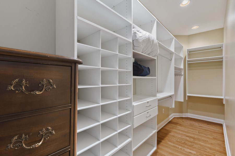 Real Estate Photography - 1890 Admiral Court, Glenview, IL, 60026 - Closet
