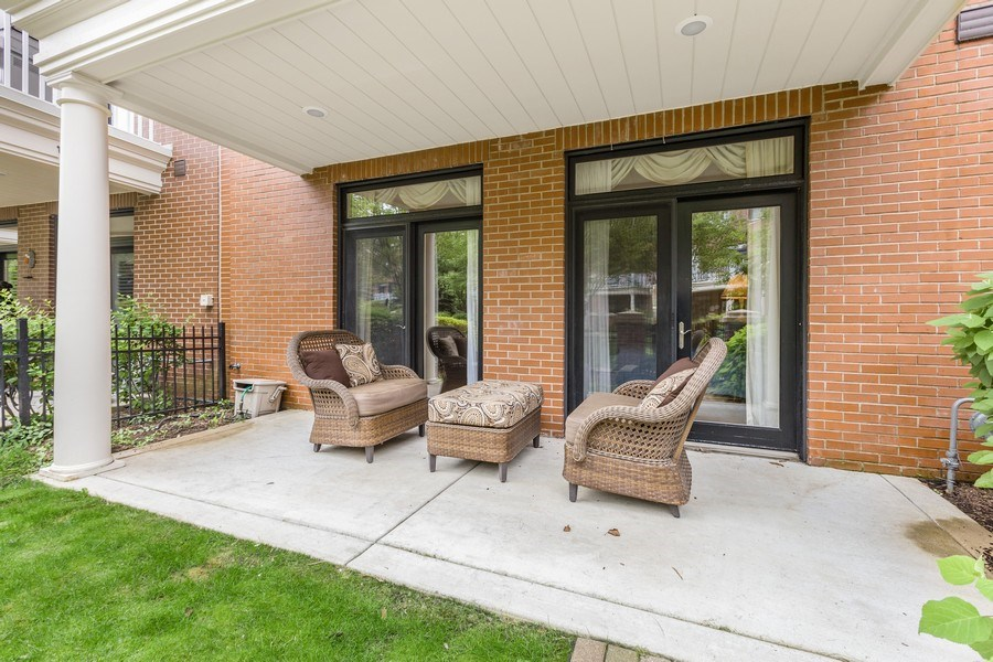 Real Estate Photography - 1890 Admiral Court, Glenview, IL, 60026 - Patio