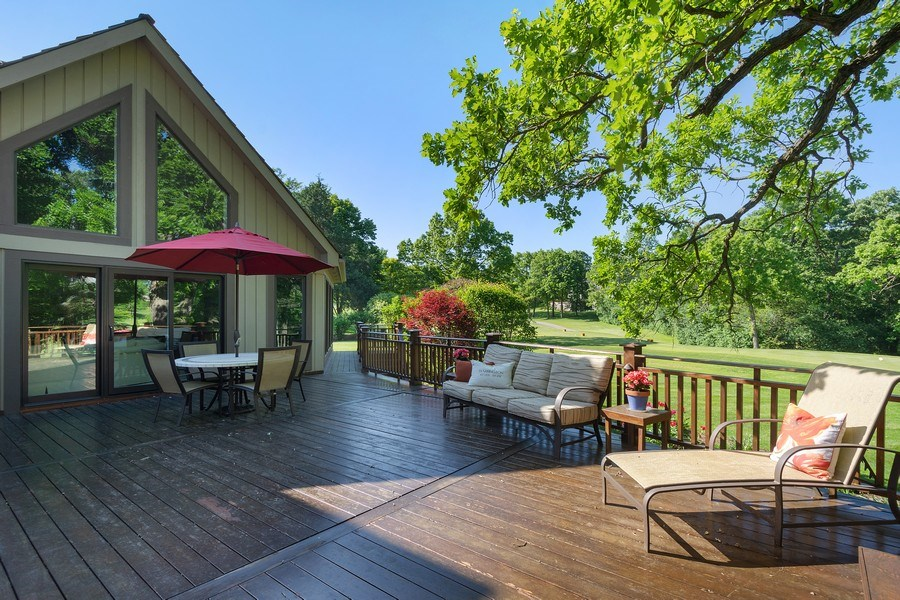 Real Estate Photography - 58 S Wynstone Dr, North Barrington, IL, 60010 - Deck