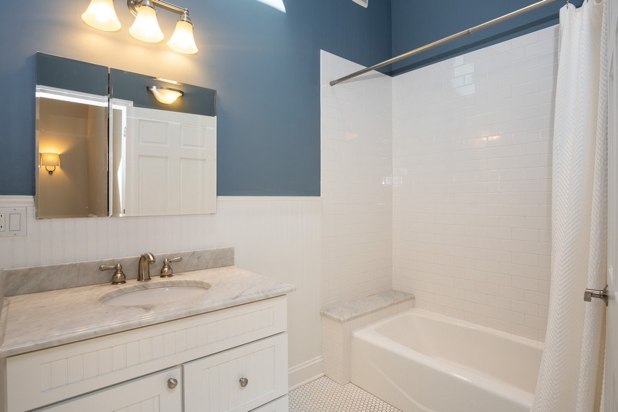 Real Estate Photography - 1708 W Wabansia, Chicago, IL, 60622 - Master Bathroom