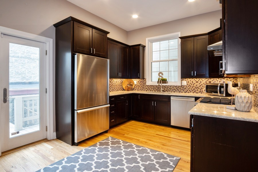 Real Estate Photography - 1708 W Wabansia, Chicago, IL, 60622 - Kitchen
