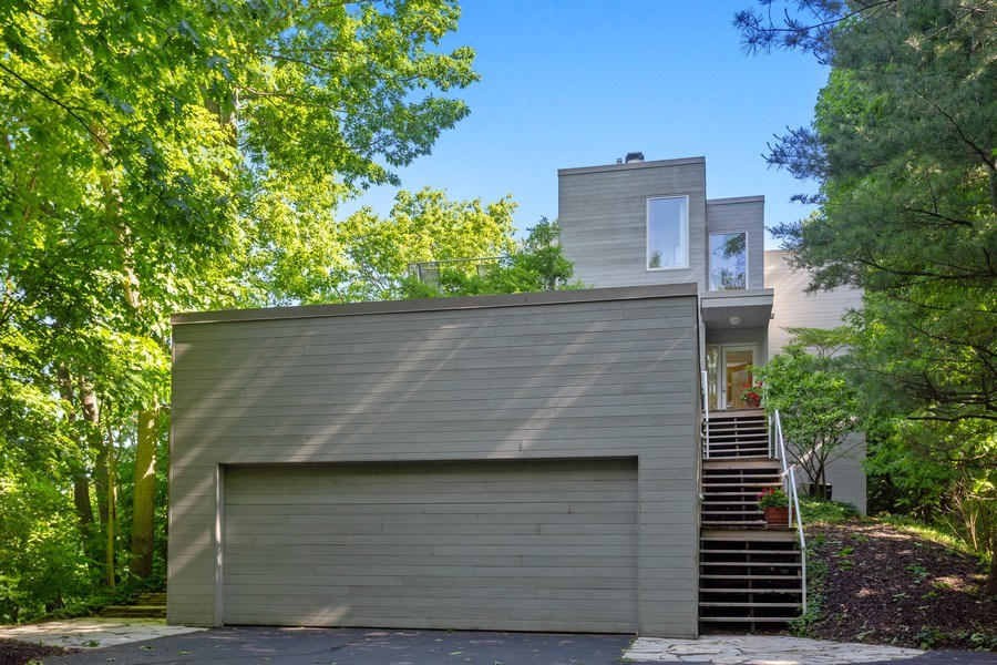 Real Estate Photography - 9475 Lakeview Dr, Bridgman, MI, 49106 - Garage entrance