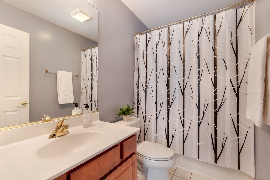 Real Estate Photography - 2548 Violet St, Glenview, IL, 60026 - 2nd Bathroom