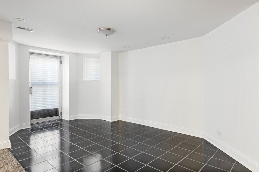 Real Estate Photography - 4008 N Clarendon, Chicago, IL, 60613 - Lower Level