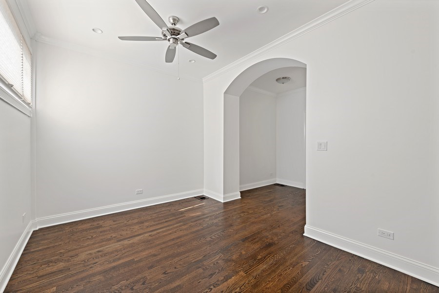 Real Estate Photography - 4008 N Clarendon, Chicago, IL, 60613 - Master Bedroom