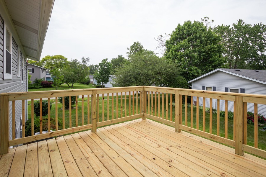 Real Estate Photography - 1133 Lancaster, Elk Grove Village, IL, 60007 - Deck