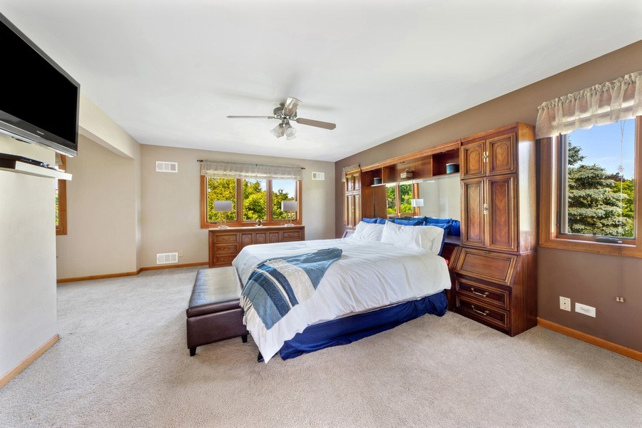 Real Estate Photography - 195 Mooregate Trail, Hawthorn Woods, IL, 60047 - Master Bedroom