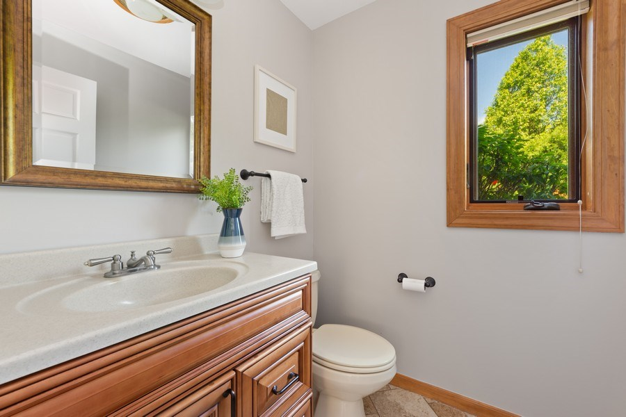 Real Estate Photography - 195 Mooregate Trail, Hawthorn Woods, IL, 60047 - Powder Room