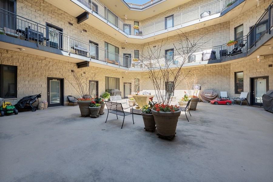 Real Estate Photography - 4747 N. Artesian Ave., Unit 1N, Chicago, IL, 60625 - Atrium
