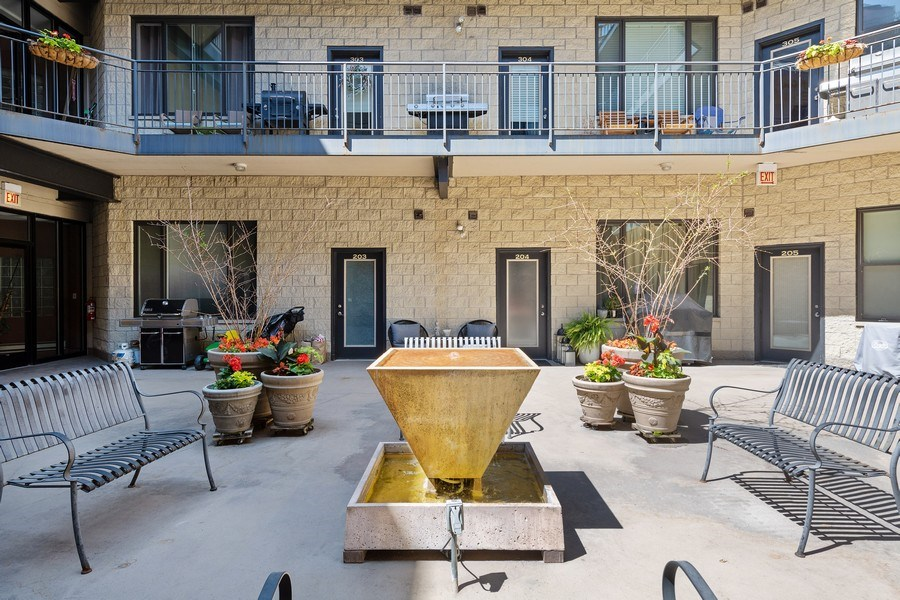 Real Estate Photography - 4747 N. Artesian Ave., Unit 1N, Chicago, IL, 60625 -