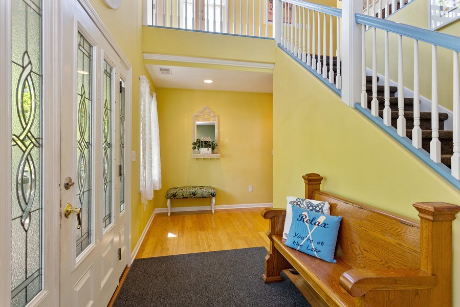 Real Estate Photography - 101 Beachwalk Ln, Michigan City, IN, 46360 - Foyer