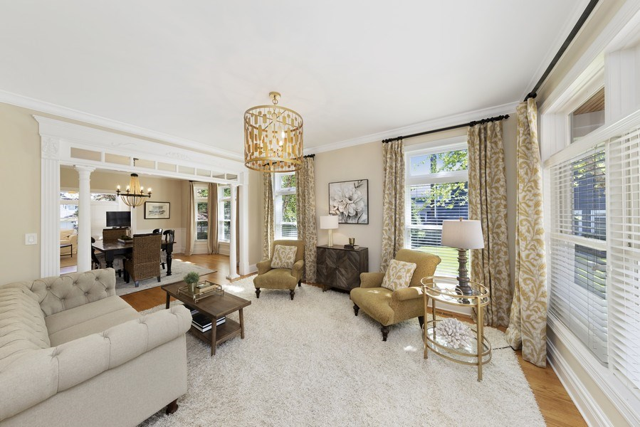 Real Estate Photography - 742 Meadow Lane, Libertyville, IL, 60048 - Living Room