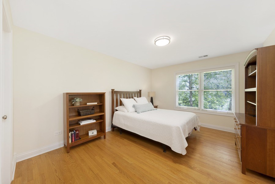 Real Estate Photography - 742 Meadow Lane, Libertyville, IL, 60048 - 3rd Bedroom