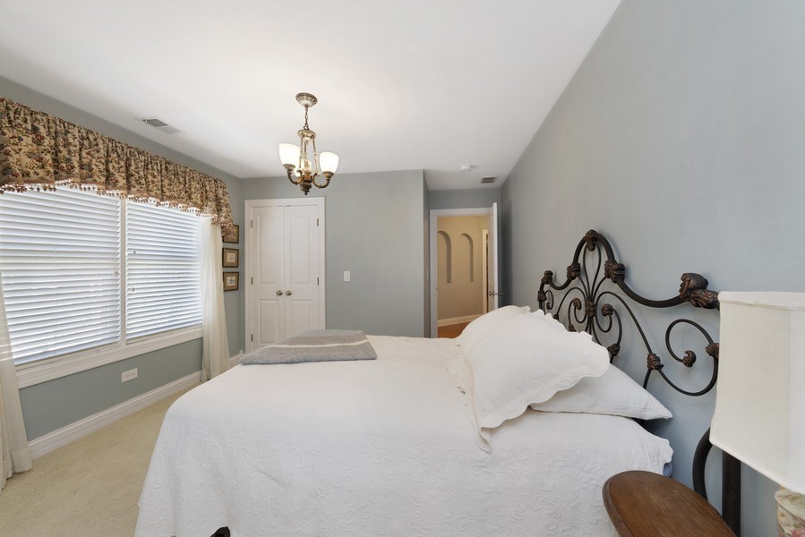 Real Estate Photography - 742 Meadow Lane, Libertyville, IL, 60048 - 4th Bedroom