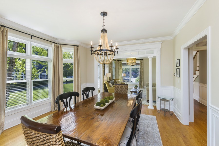 Real Estate Photography - 742 Meadow Lane, Libertyville, IL, 60048 - Dining Room
