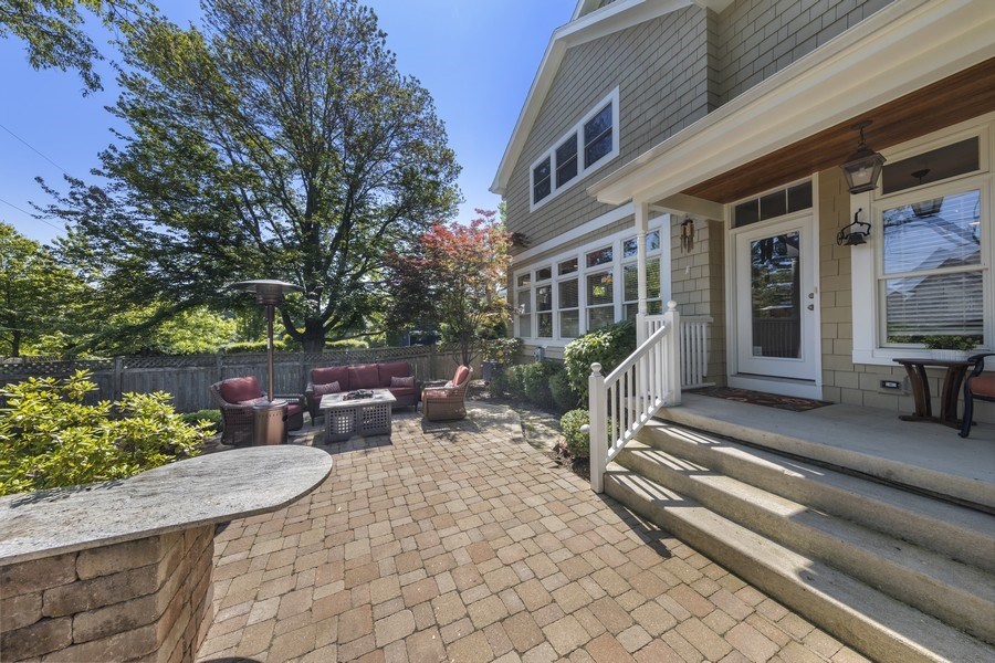 Real Estate Photography - 742 Meadow Lane, Libertyville, IL, 60048 - Patio