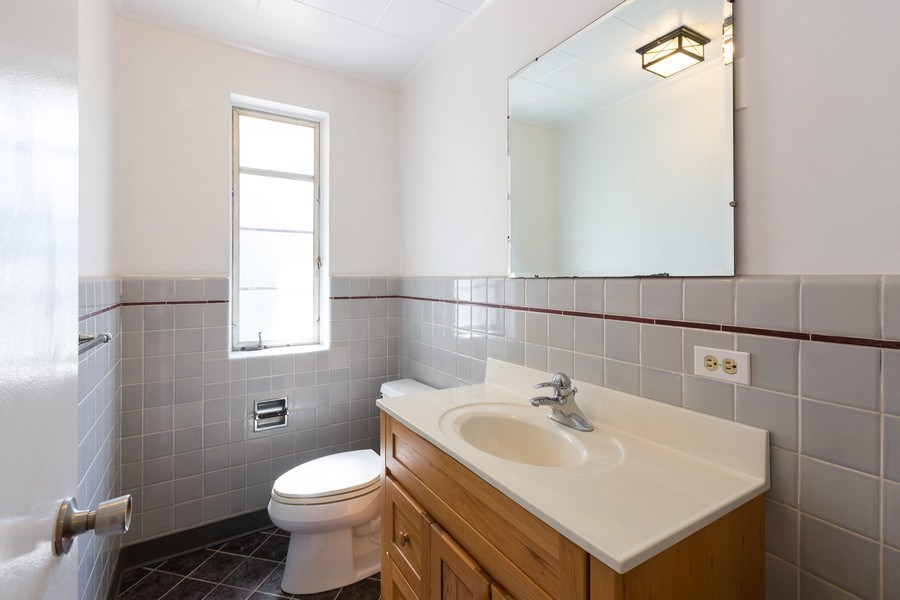 Real Estate Photography - 745 Indian Rd, Glenview, IL, 60025 - Half Bath