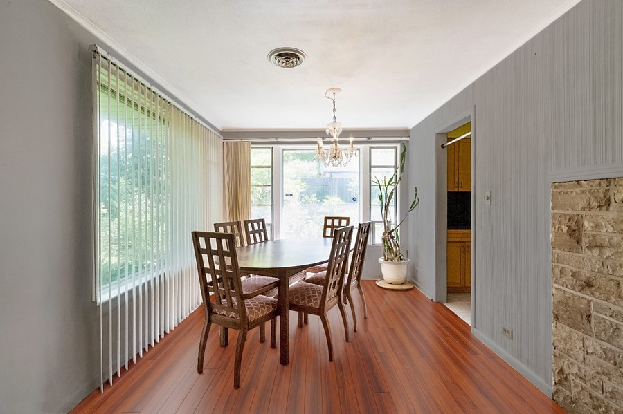Real Estate Photography - 745 Indian Rd, Glenview, IL, 60025 -