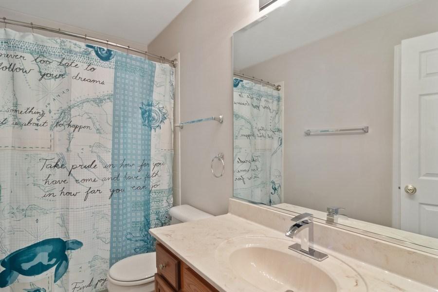 Real Estate Photography - 416 Farnsworth Circle, Port Barrington, IL, 60010 - Bathroom