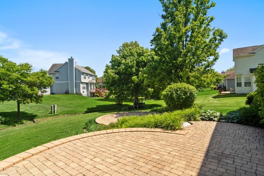 Real Estate Photography - 416 Farnsworth Circle, Port Barrington, IL, 60010 - Patio