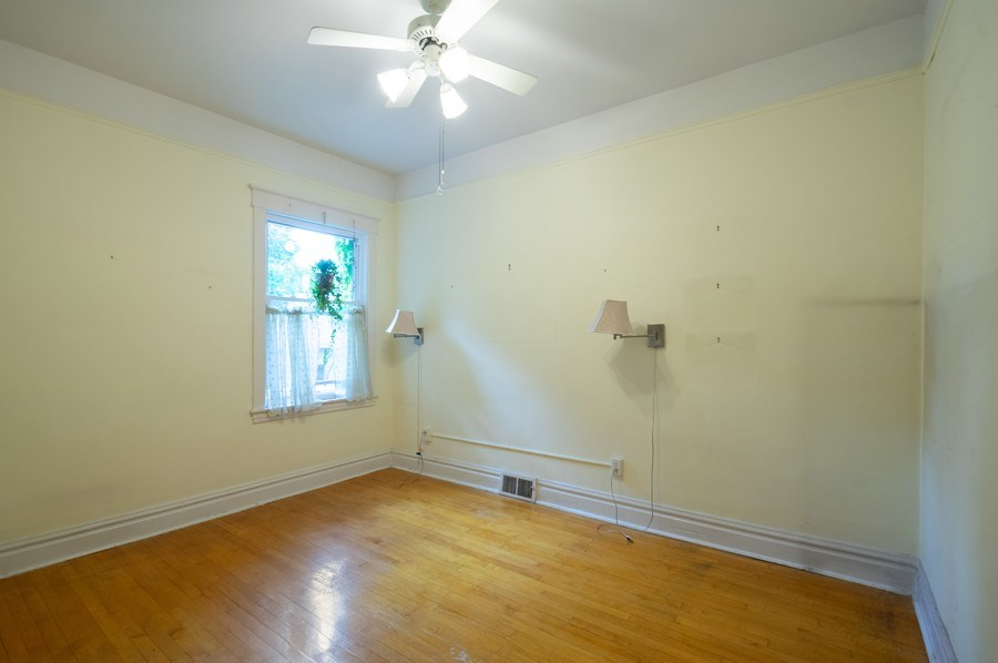 Real Estate Photography - 4834 N Leavitt St, Chicago, IL, 60625 - Bedroom