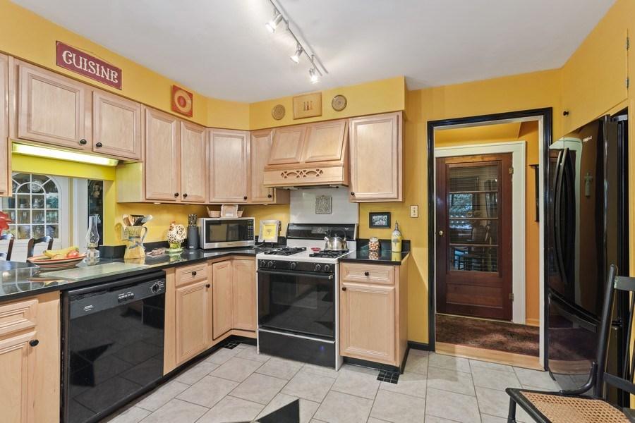 Real Estate Photography - 3501 Calumet, Duneland Beach, IN, 46360 - Kitchen